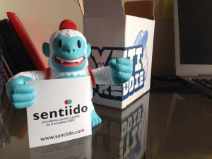 """Thanks to @MailChimp for Sentiido's new family member: Yeti Freddie! // Nuevo integrante de Sentiido: Yeti Freddie!"""