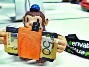 """Found a guardian for my @tnyLTLwlt during the day @envato, thanks Freddie from @MailChimp"""