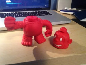 """hey @MailChimp, my Reddie Freddie came without his Headie :( can you send me a new one?"""